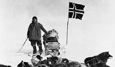 آموندسن پس از رسیدن به جنوبی ترین نقطه ی کره ی زمین